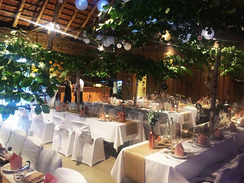Brüngers Landwirtschaft Hochzeitdeko rosegold