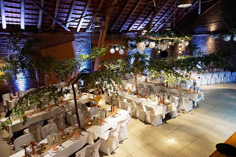 Hochzeitsdekoration extravagant