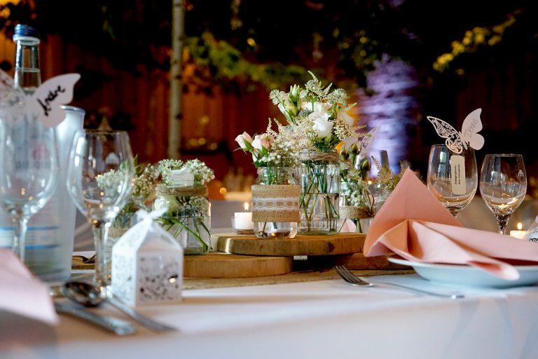Tischdeko mit Geschenkebox