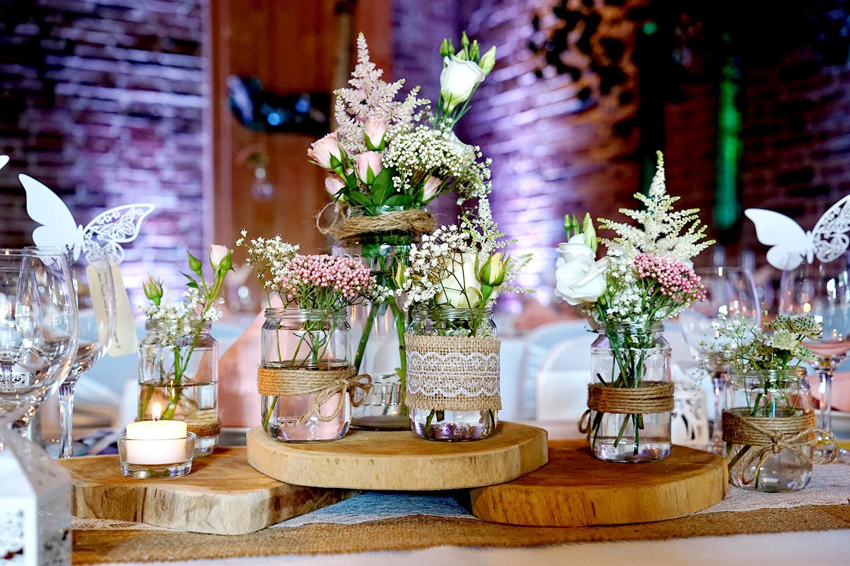 Baumscheiben vintage Tischdeko rosa-weiß