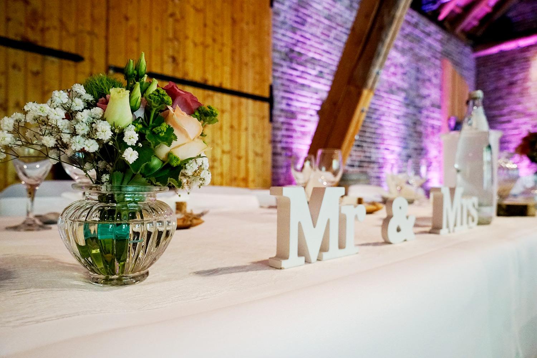 Mr & Mrs Aufsteller Holz mieten